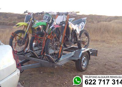 alquiler-remolque-motos-campo